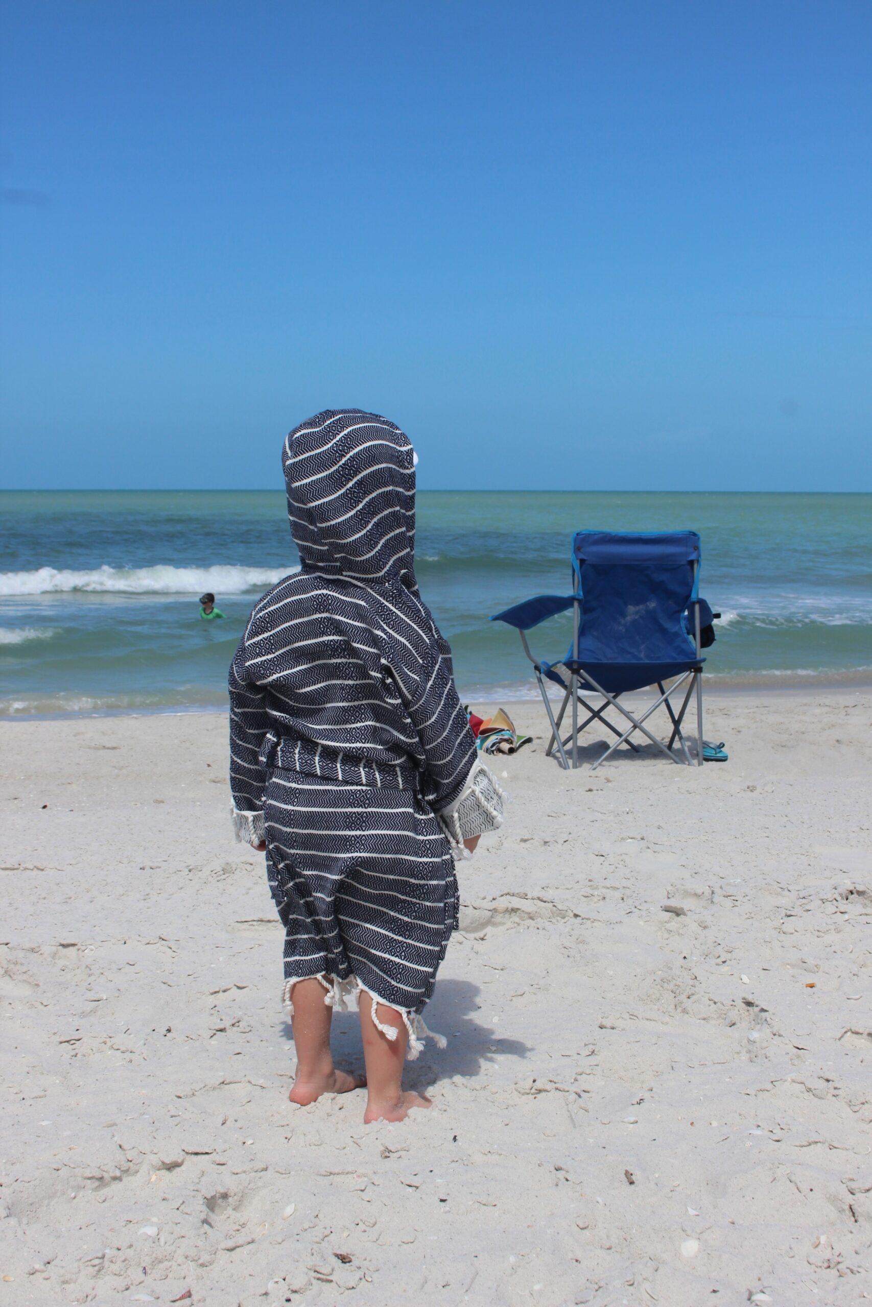 yumu kids bathrobe navy back